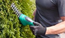 Кусторез: правила выбора садового парикмахера
